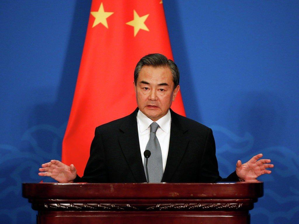 Το ΥΠΕΞ της Κίνας διευκρίνισε στον Τραμπ, ποιος νίκησε τους τρομοκράτες στην Συρία